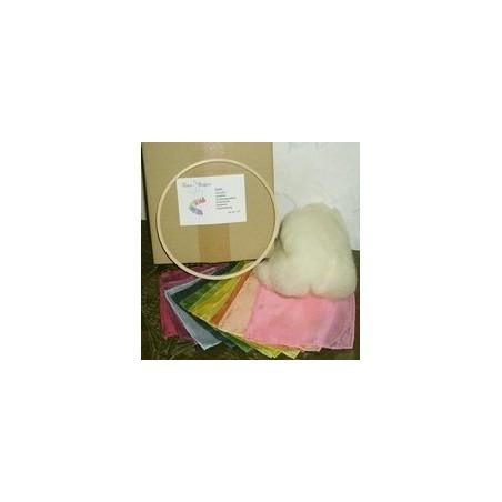 Mobile en kit, poupée de soie et laine bio waldorf steiner